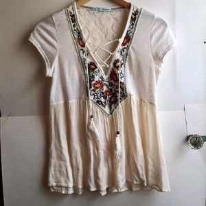 MAURICES Cream Ivory Embroidered Floral Lace Top